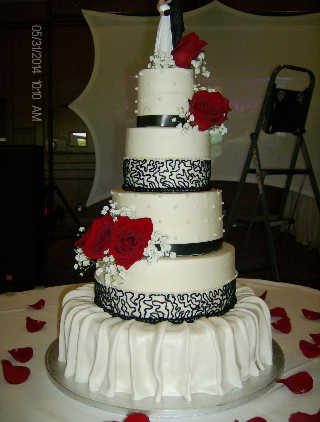 Beck S Crown Bakery Wedding Cakes Now Booking 2019